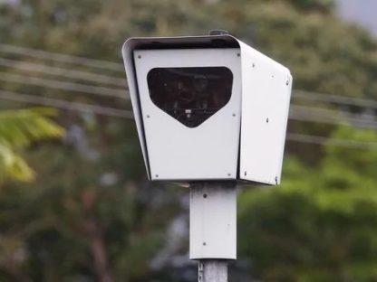 新州五万人联署恢复摄像头警示标志!痛批政府把摄像头当摇钱树!