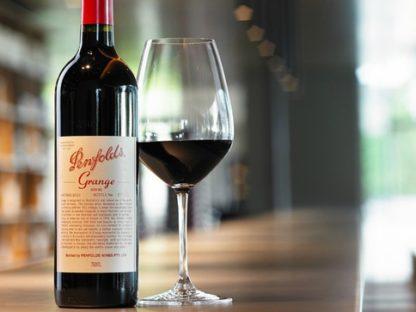 中国关税下澳洲红酒首当其冲 连酿酒葡萄都不值钱了!